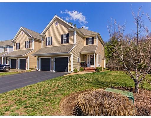 共管式独立产权公寓 为 销售 在 12 Surrey Lane East Bridgewater, 马萨诸塞州 02333 美国