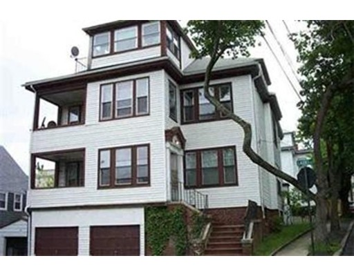 Single Family Home for Rent at 6 Laurel Street Chelsea, 02150 United States