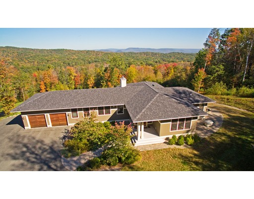 Casa Unifamiliar por un Venta en 103 Webber Road Whately, Massachusetts 01093 Estados Unidos