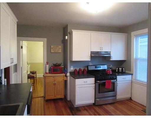 Casa Unifamiliar por un Alquiler en 141 Wrentham Street Boston, Massachusetts 02122 Estados Unidos