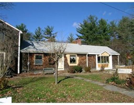 Частный односемейный дом для того Продажа на 28 Oak Street 28 Oak Street Berlin, Массачусетс 01503 Соединенные Штаты