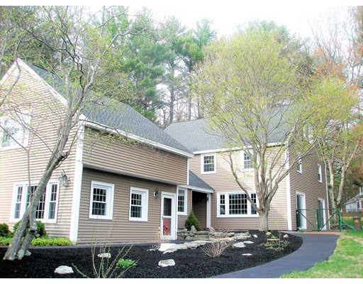 Single Family Home for Sale at 5 Freedom Farme Road Acton, Massachusetts 01720 United States