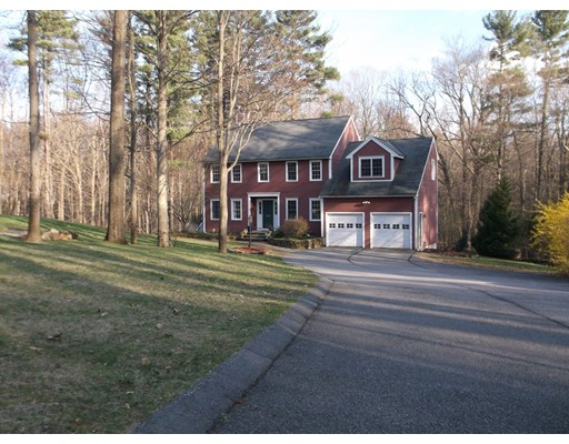 Single Family Home for Sale at 254 Millbury Street Auburn, Massachusetts 01501 United States