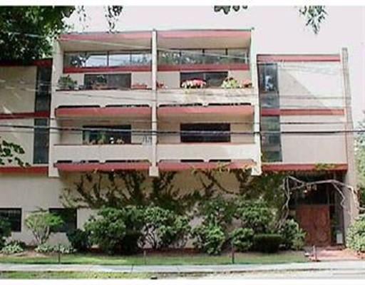 Condominium for Sale at 94 Beaconsfield Road Brookline, Massachusetts 02445 United States