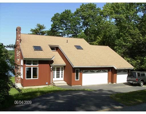Maison unifamiliale pour l Vente à 11 Cove Drive Sturbridge, Massachusetts 01566 États-Unis