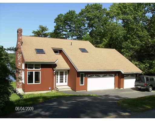 Casa Unifamiliar por un Venta en 11 Cove Drive Sturbridge, Massachusetts 01566 Estados Unidos