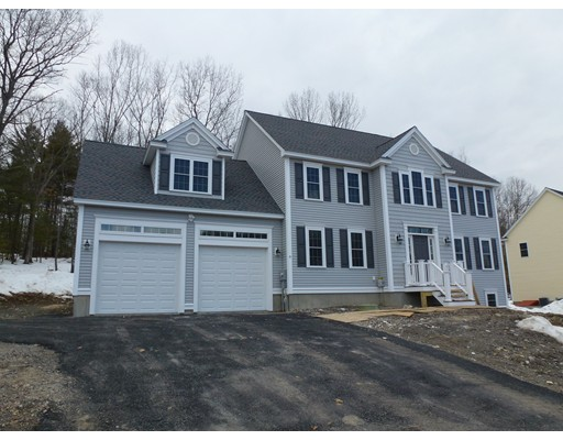 Casa Unifamiliar por un Venta en 9 Edward Drive Littleton, Massachusetts 01460 Estados Unidos
