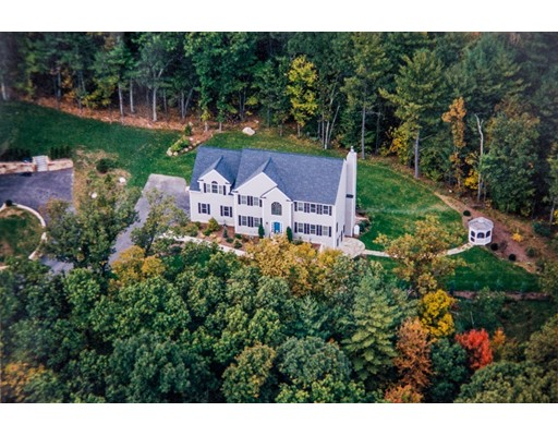 Single Family Home for Sale at 49 Breakneck Hill Road Southborough, Massachusetts 01772 United States