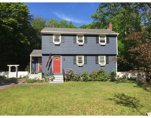 99 Central St, North Reading, MA 01864