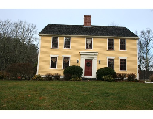 Single Family Home for Rent at 215 Old Main Street Lakeville, Massachusetts 02347 United States