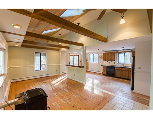 Single Family Home for Sale at 146 Depot Road Ashburnham, Massachusetts 01430 United States