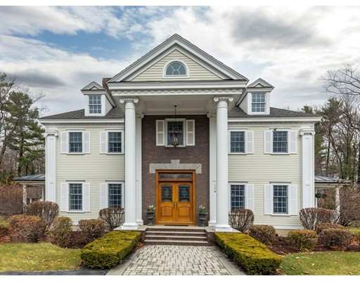 Maison unifamiliale pour l Vente à 138 Fox Run Road Bolton, Massachusetts 01740 États-Unis