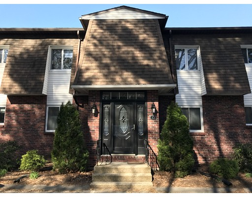 20 Lawrence Ave 32C, South Hadley, MA 01075