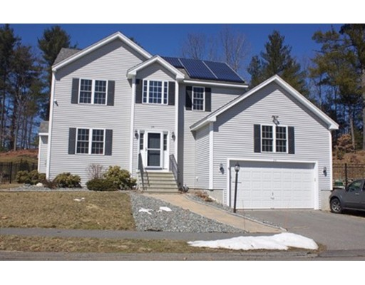 Casa Unifamiliar por un Venta en 34 Lakeview Drive Shirley, Massachusetts 01464 Estados Unidos