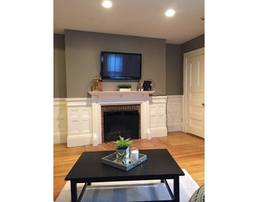 Single Family Home for Rent at 362 Commonwealth Avenue Boston, Massachusetts 02115 United States