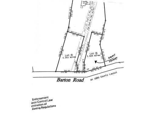 土地,用地 为 销售 在 375 Barton Road Greenfield, 01301 美国