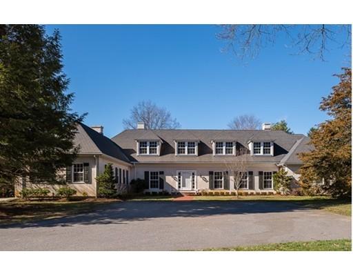Casa Unifamiliar por un Venta en 1 Rocky Ridge Road Dedham, Massachusetts 02026 Estados Unidos