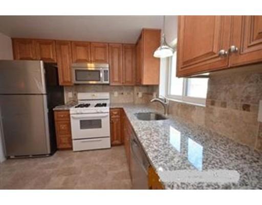 独户住宅 为 出租 在 25 Oxford Circle 贝尔蒙, 马萨诸塞州 02478 美国