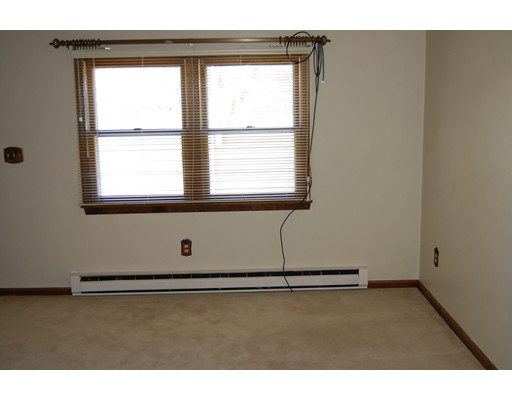 Additional photo for property listing at 250 West Street  Ware, Massachusetts 01082 United States