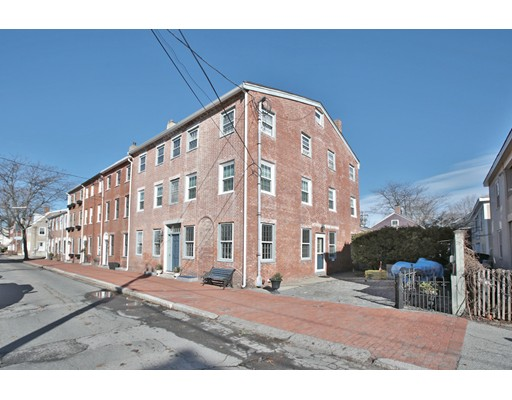 45 Middle St 4, Newburyport, MA 01950
