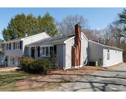 Частный односемейный дом для того Продажа на 170 Daly Drive Ext Stoughton, Массачусетс 02072 Соединенные Штаты