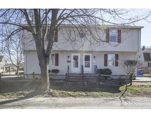 Casa Multifamiliar por un Venta en 5 Coxe Street East Providence, Rhode Island 02915 Estados Unidos