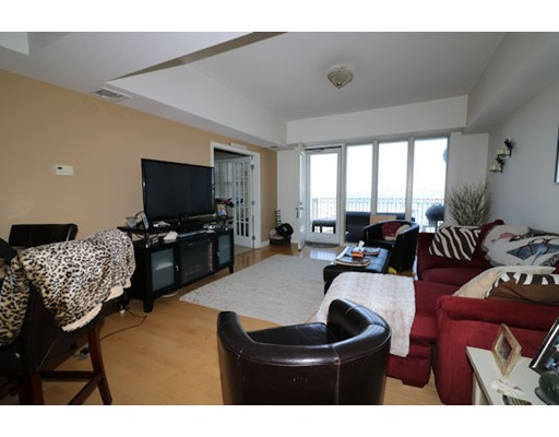 Single Family Home for Rent at 550 Pleasant Winthrop, Massachusetts 02152 United States