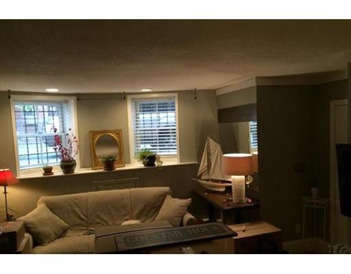 Casa Unifamiliar por un Alquiler en 520 Shawmut Avenue Boston, Massachusetts 02118 Estados Unidos