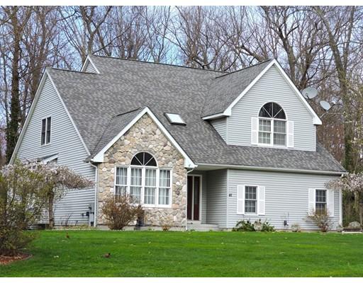 Casa Unifamiliar por un Venta en 41 Windwood Drive Ludlow, Massachusetts 01056 Estados Unidos