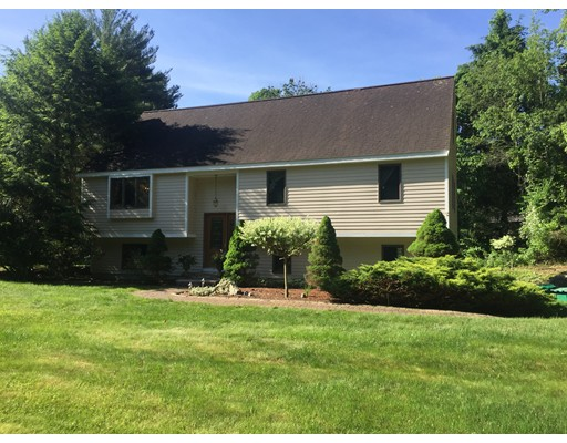 Additional photo for property listing at 102 Howard Street  Easton, Massachusetts 02375 Estados Unidos