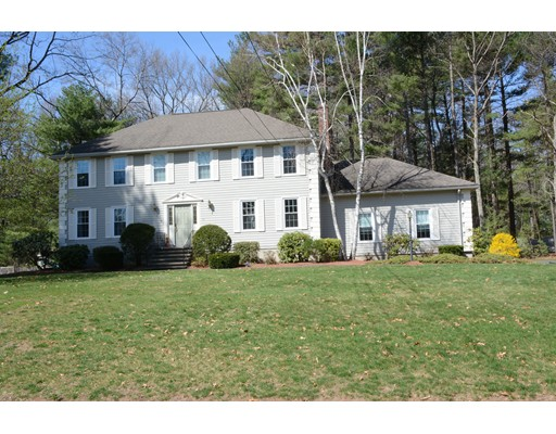 Single Family Home for Sale at 117 Bradford Road Tewksbury, Massachusetts 01876 United States