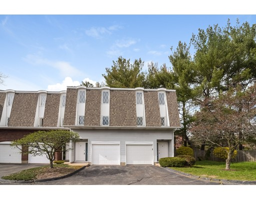 Condominio por un Venta en 43 Northbrook Court East Hartford, Connecticut 06108 Estados Unidos