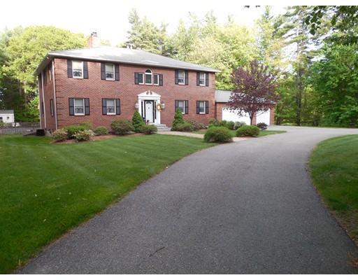 Casa Unifamiliar por un Venta en 130 Wheeler Road Ashby, Massachusetts 01434 Estados Unidos