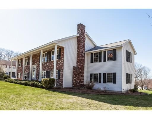 Частный односемейный дом для того Продажа на 173 Old Westford Road Chelmsford, Массачусетс 01824 Соединенные Штаты
