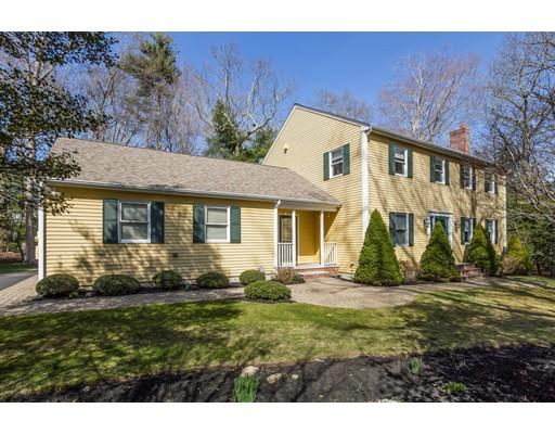 38 Tucker Lane, Dartmouth, MA 02747
