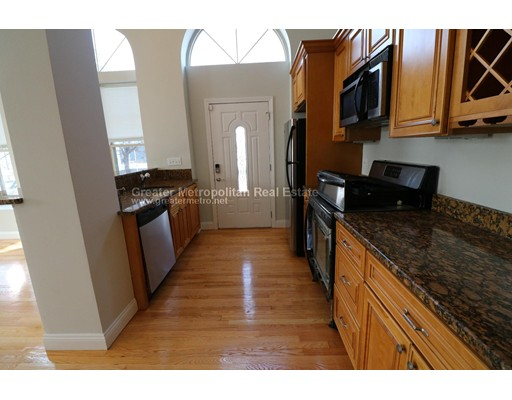 Additional photo for property listing at 5 Woodworth  Boston, Massachusetts 02122 Estados Unidos