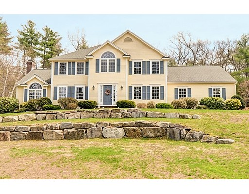 Casa Unifamiliar por un Venta en 4 Whitetail Way Littleton, Massachusetts 01460 Estados Unidos