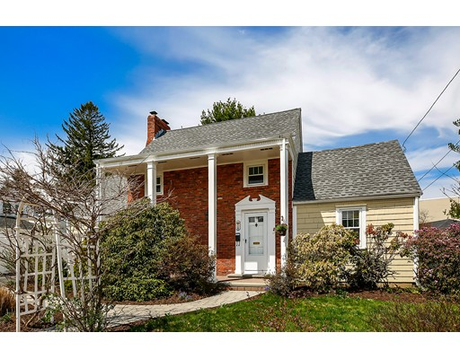 Single Family Home for Sale at 8 Crosby Avenue Beverly, Massachusetts 01915 United States