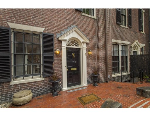 Additional photo for property listing at 7 Willow Street  Boston, Massachusetts 02108 Estados Unidos