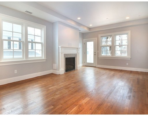شقة للـ Rent في 44 O St #2 44 O St #2 Boston, Massachusetts 02127 United States