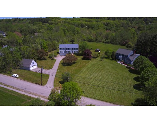 39 Pine Hill Rd, Southborough, MA 01772