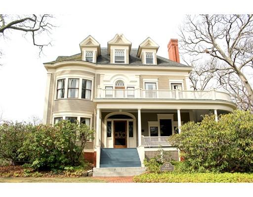 Casa Unifamiliar por un Venta en 22 Parker Road Wakefield, Massachusetts 01880 Estados Unidos