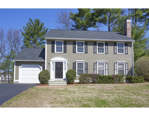 47 Stonegate Rd, Chelmsford, MA 01824