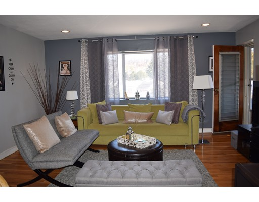 Casa Unifamiliar por un Alquiler en 116 Bradlee Street Boston, Massachusetts 02136 Estados Unidos