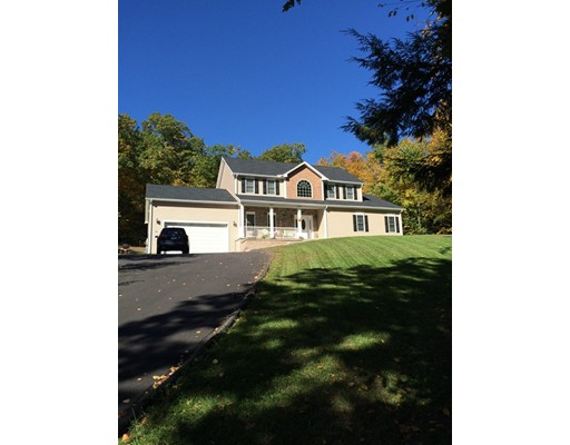 Single Family Home for Sale at 32 Bissonette Circle Southampton, Massachusetts 01073 United States