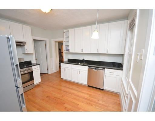 Additional photo for property listing at 34 Justin Road  Boston, Massachusetts 02135 Estados Unidos