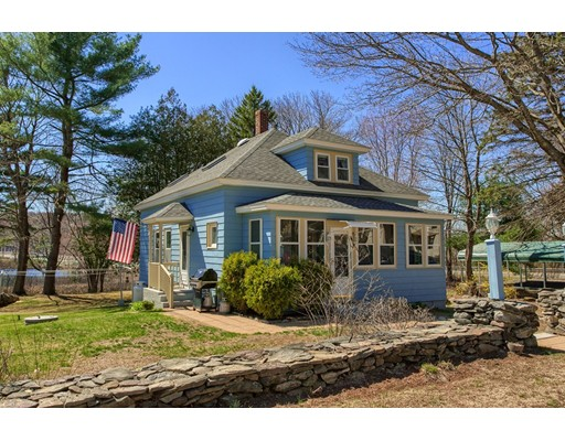 Single Family Home for Sale at 7 Lake Avenue Templeton, 01468 United States