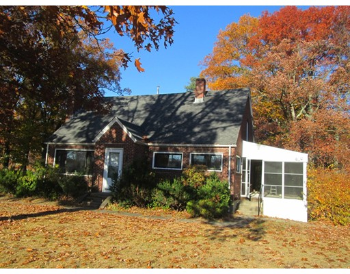 独户住宅 为 出租 在 131 Worcester-Providence Tpke Millbury, 马萨诸塞州 01527 美国