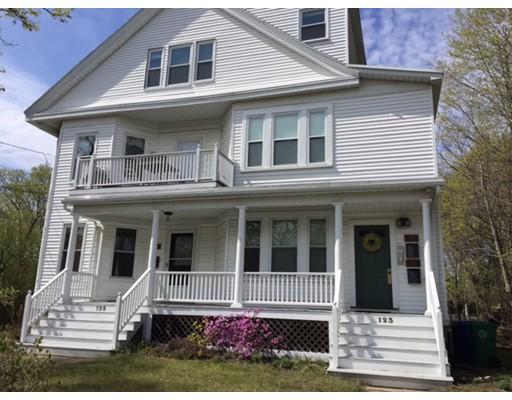 Casa Unifamiliar por un Alquiler en 123 Norwood Avenue Newton, Massachusetts 02460 Estados Unidos