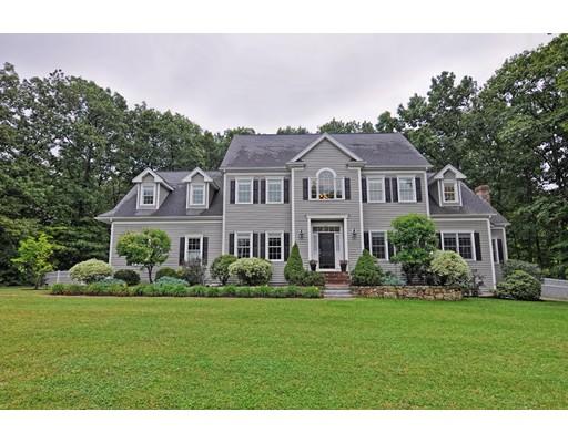 Maison unifamiliale pour l Vente à 29 Stable Way Medway, Massachusetts 02053 États-Unis